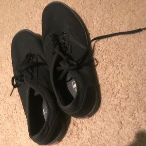 VANS All Black Women's size 10 Gently Used